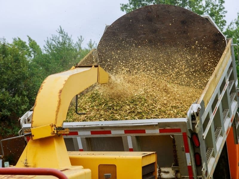 Photo of truck with mulch